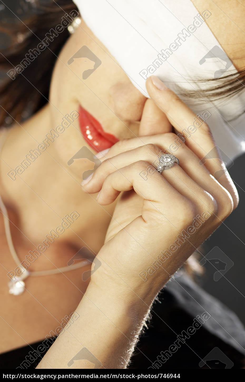 ring, for, 3000, usd - 746944