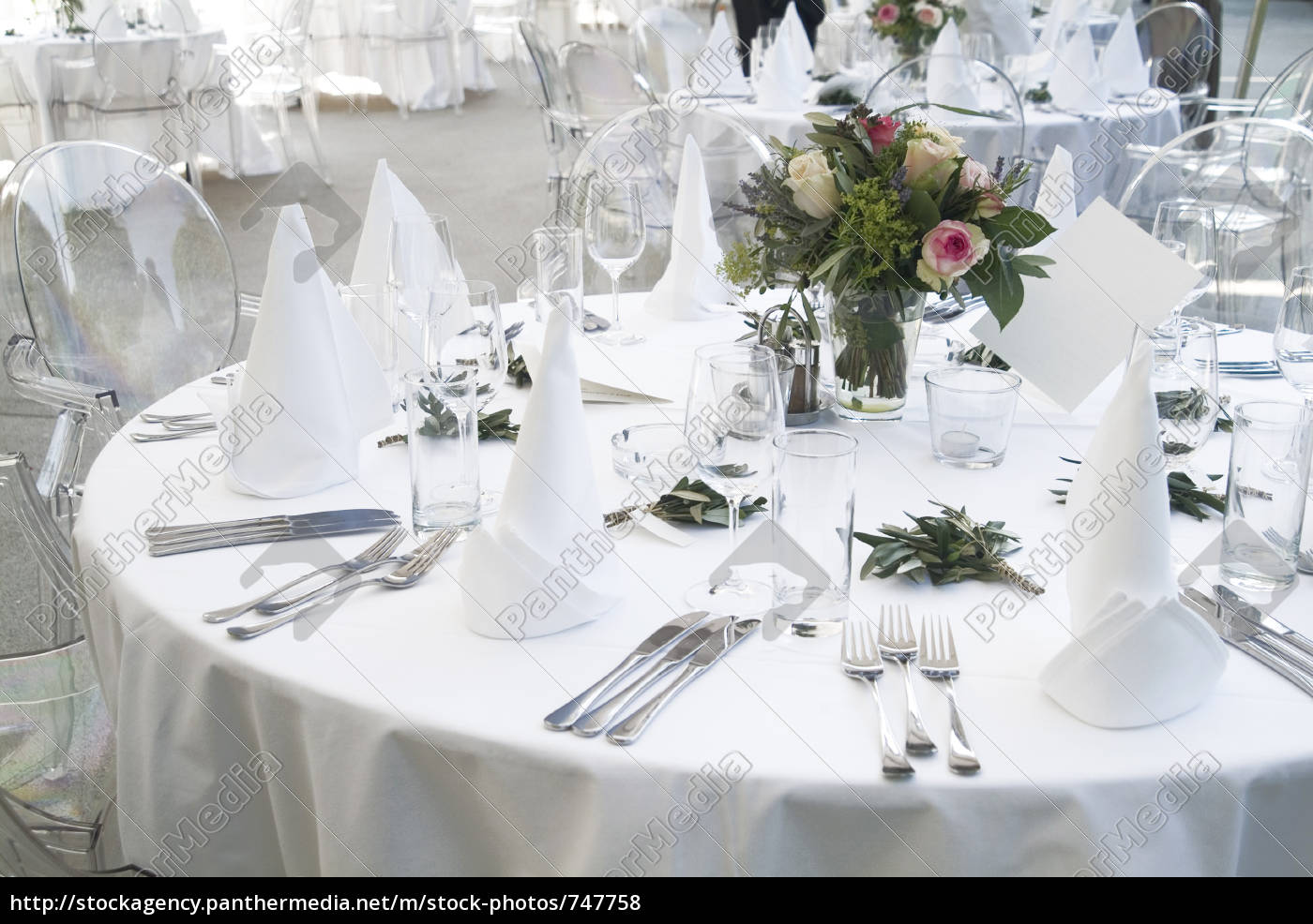 table, decoration - 747758