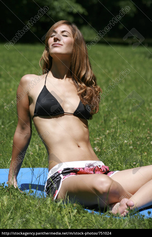 sunbathing - 751024