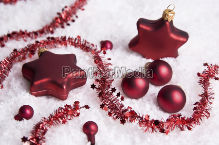 christmas, decorations, in, the, snow - 757229
