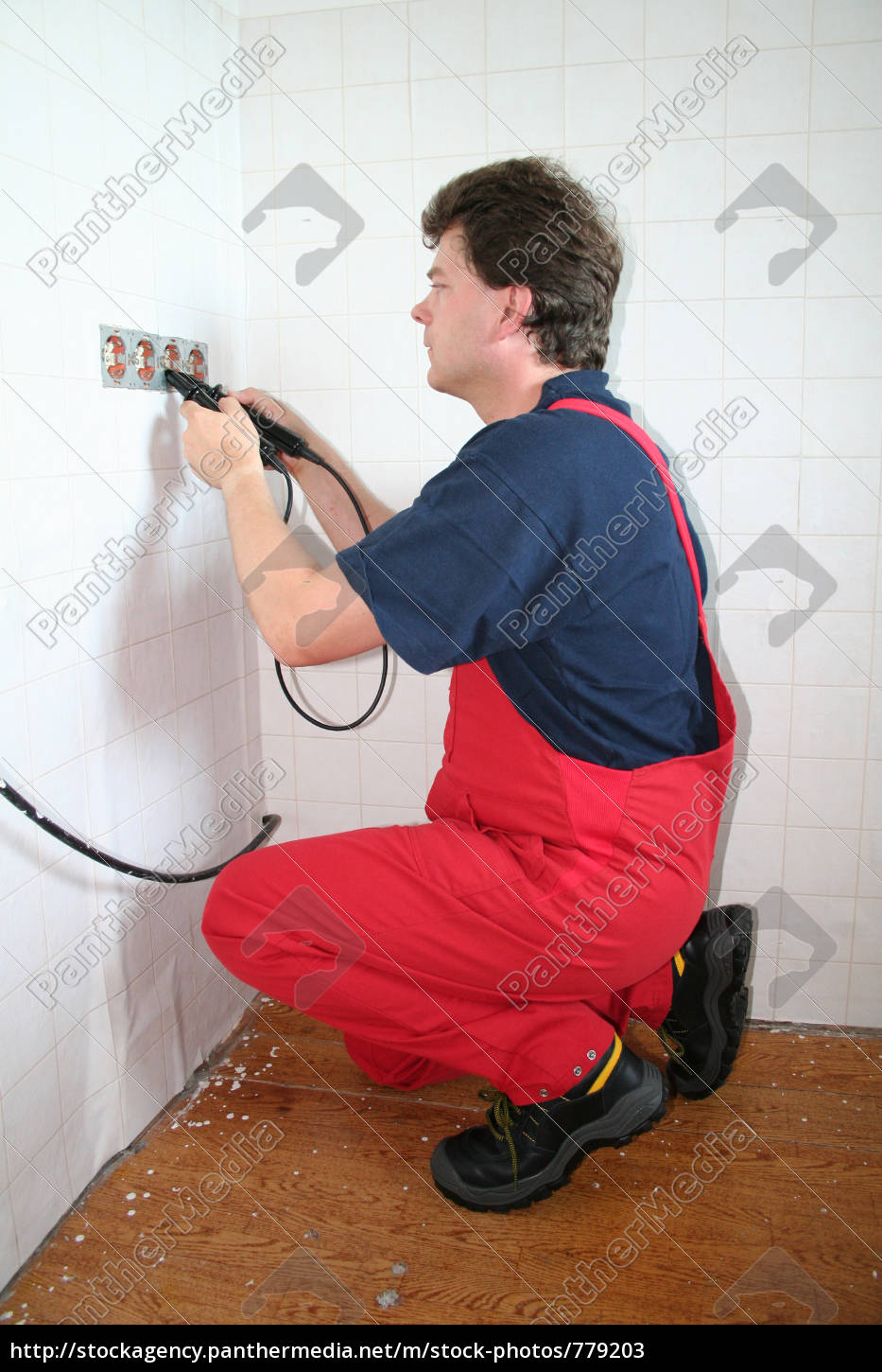 electrician - 779203