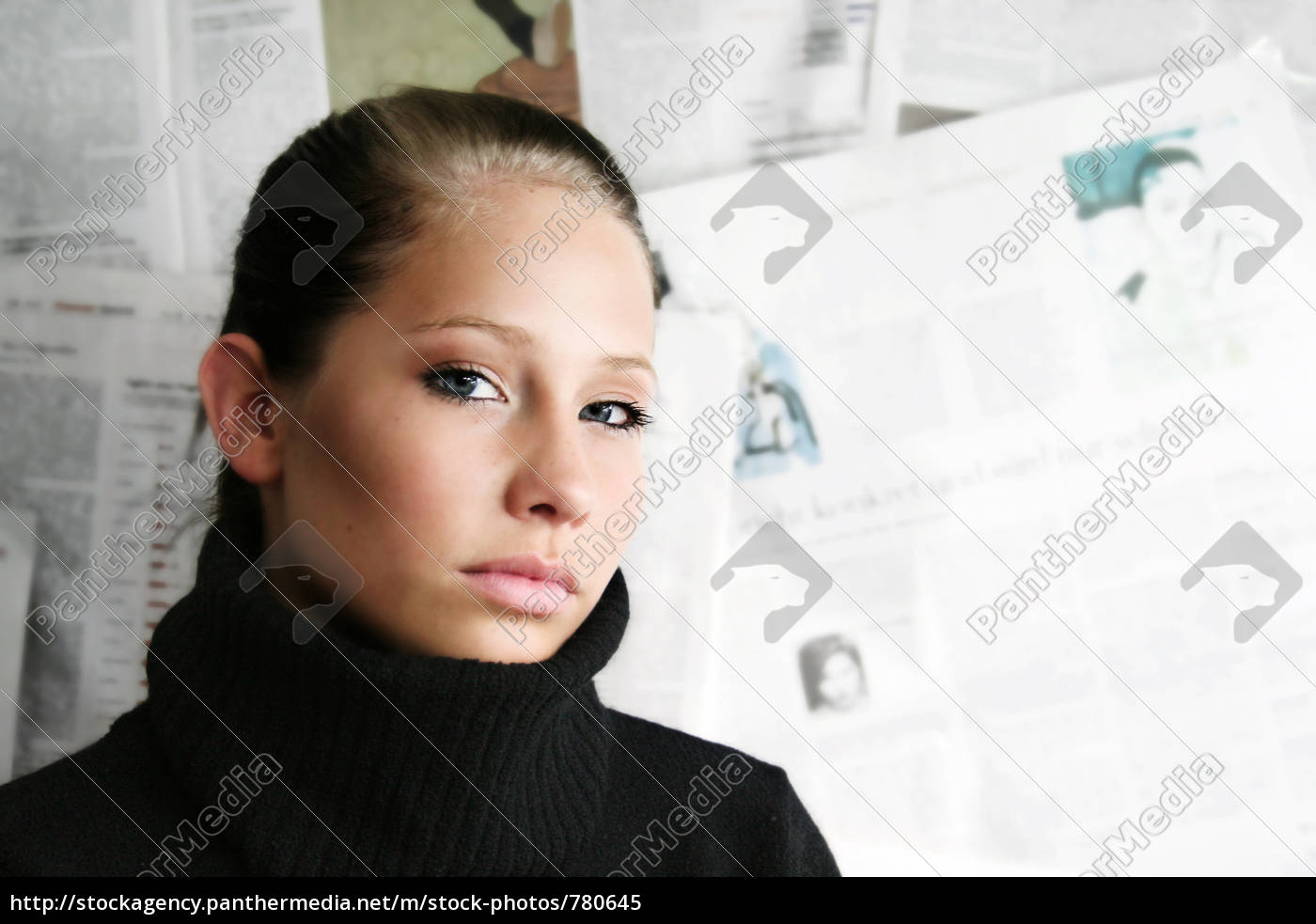 portrait, of, a, young, businesswoman - 780645