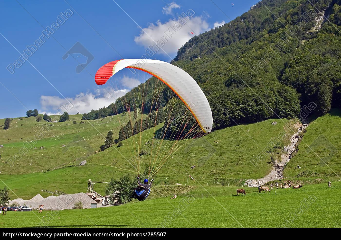 paragliding - 785507