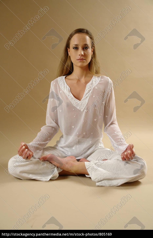 yoga, relaxes - 805169