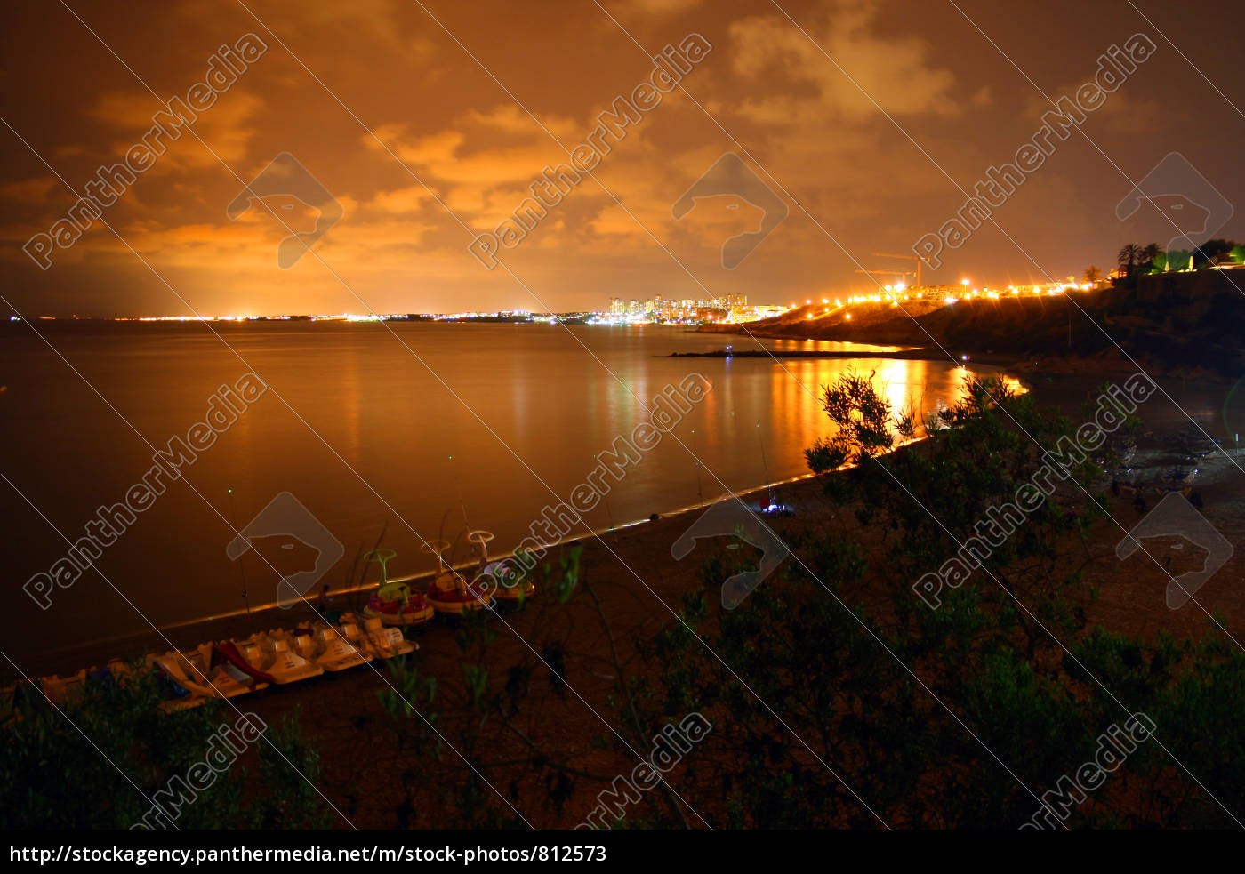 at, night, over, the, bay - 812573