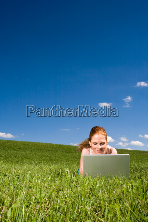 in, the, grass, on, the, internet - 816995