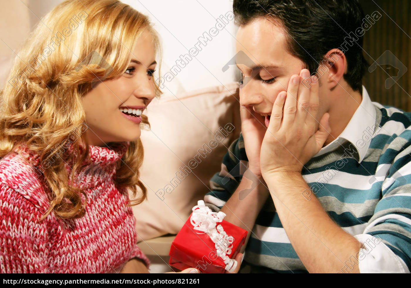 couple, at, christmas - 821261