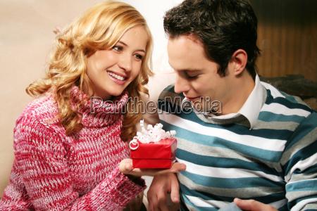 couple, at, christmas - 821269