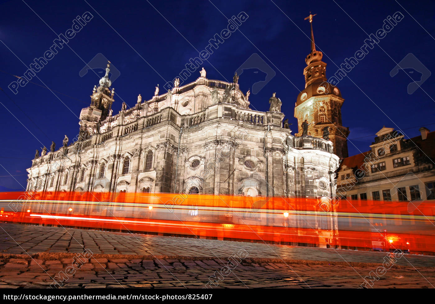 at, night, in, dresden - 825407