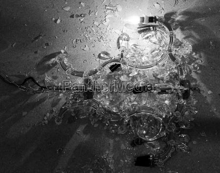 destroyed, chandelier - 891731