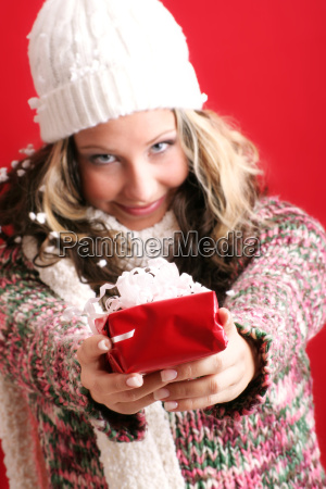 woman, at, christmas, with, present - 891327