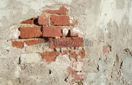 crumbs wall