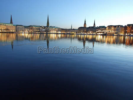 autumn, evening, on, the, alster, lake - 1015653