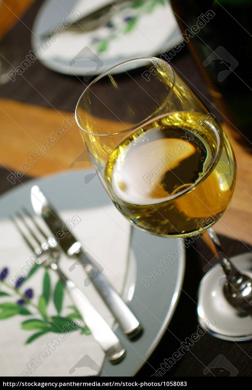 white, wine, to, the, menu - 1058083