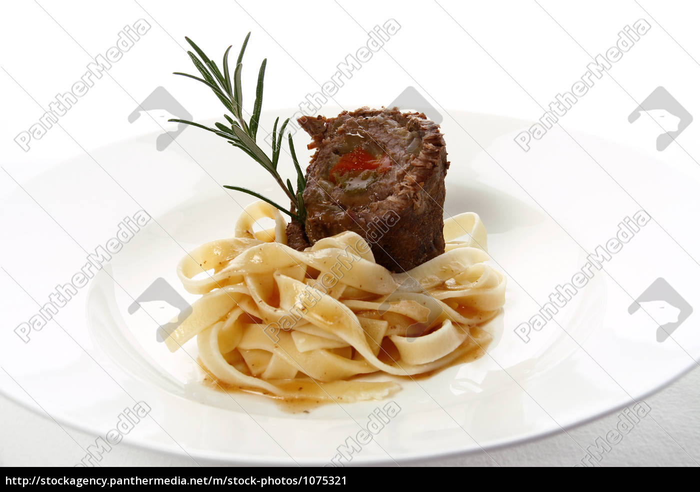beef, roulade, with, ribbon, noodles, 2 - 1075321