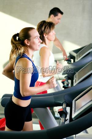 running, training - 1086219