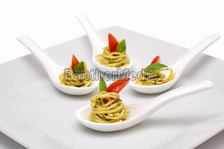 finger, food, spoon, noodles - 1112771