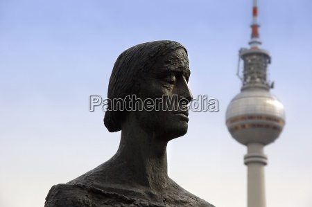 thinkers at the tv tower berlin