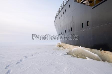 icebreaker in ice