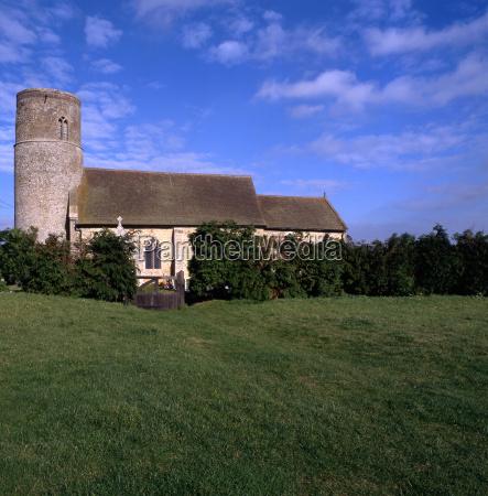 round tower church