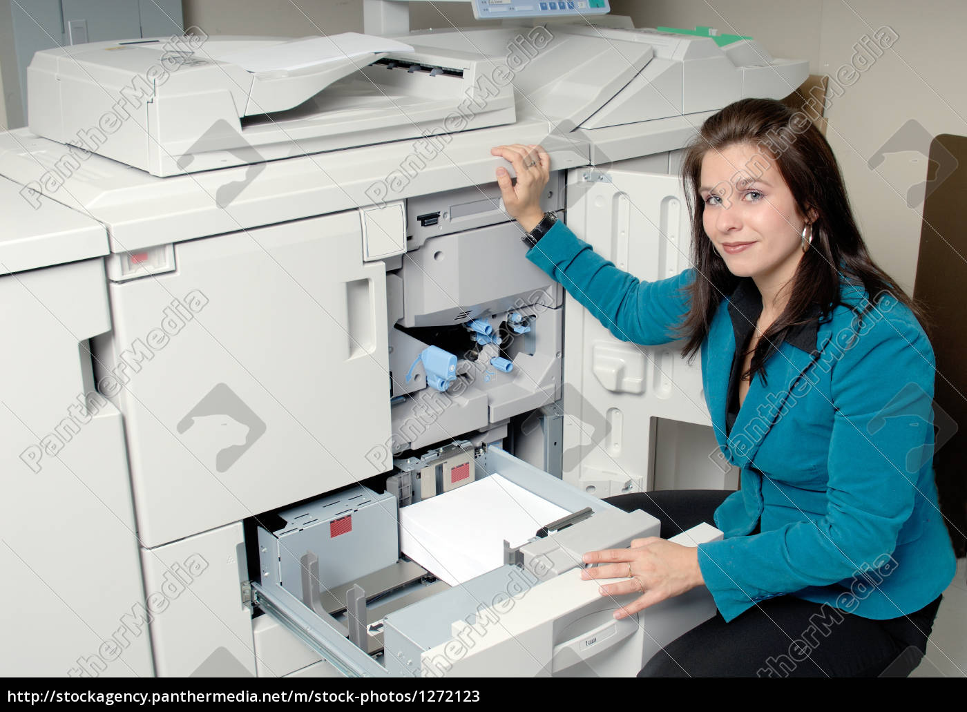 photocopy, machine, and, woman - 1272123