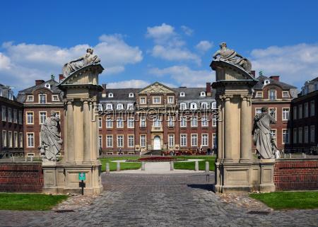 entrance gate at the castle nordkirchen