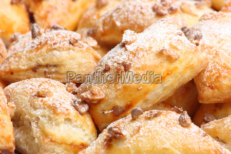 puff, cakes, with, walnuts - 1281799