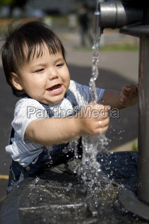 baby at the fountain