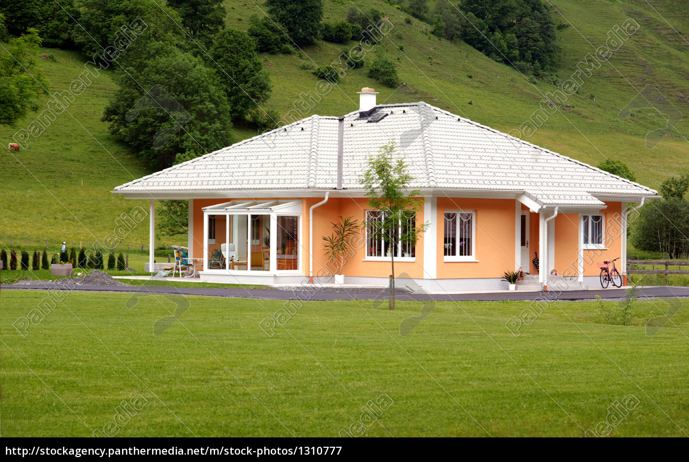 bungalow - 1310777
