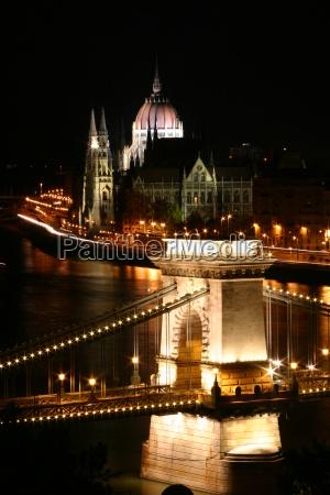 budapest, chain, bridge, and, parliament - 1320797