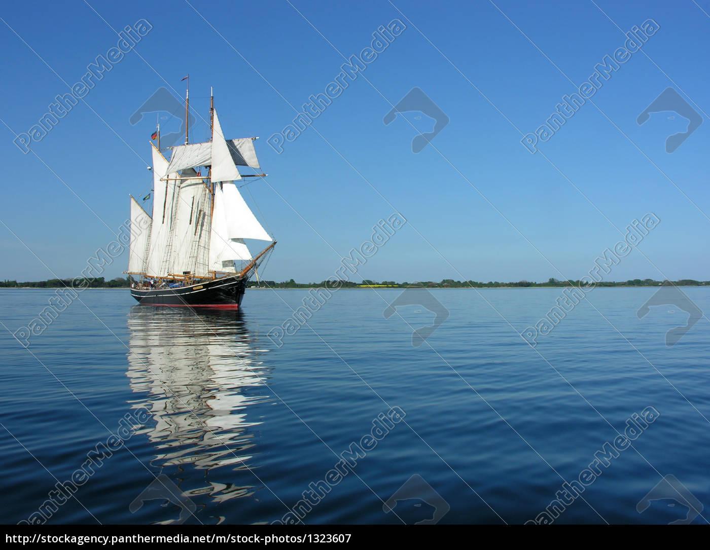 three-masted, topsail, schooner, albatros - 1323607