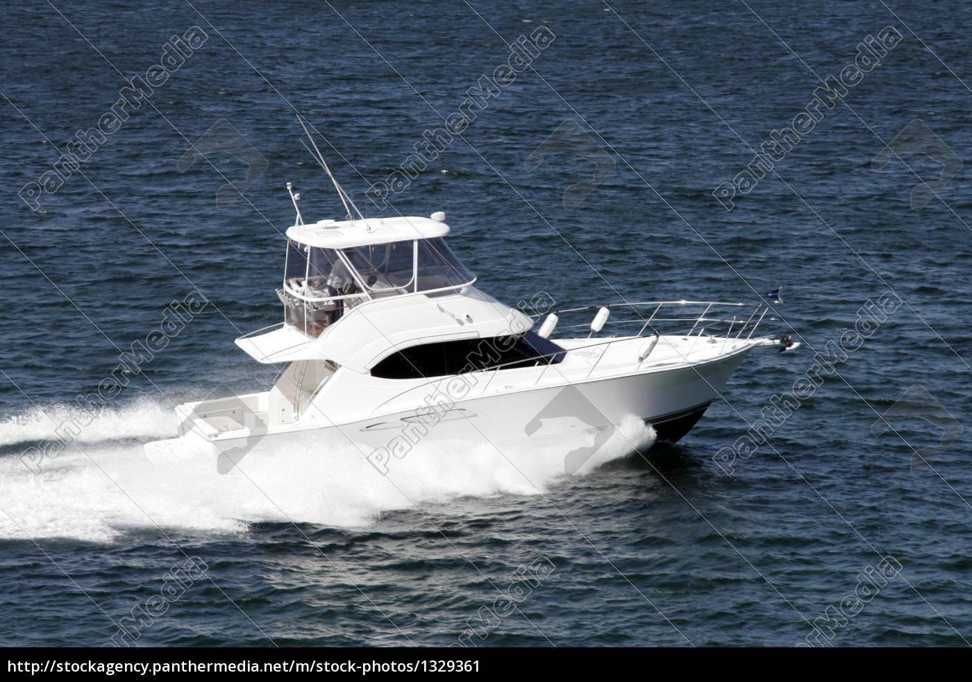 speedboat - 1329361