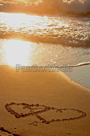 two, hearts, in, the, sand - 1335833