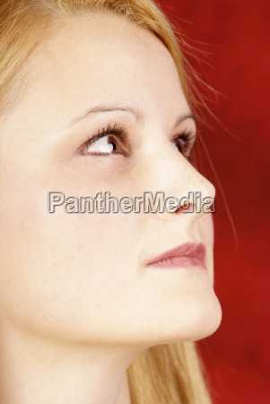 profile blond woman