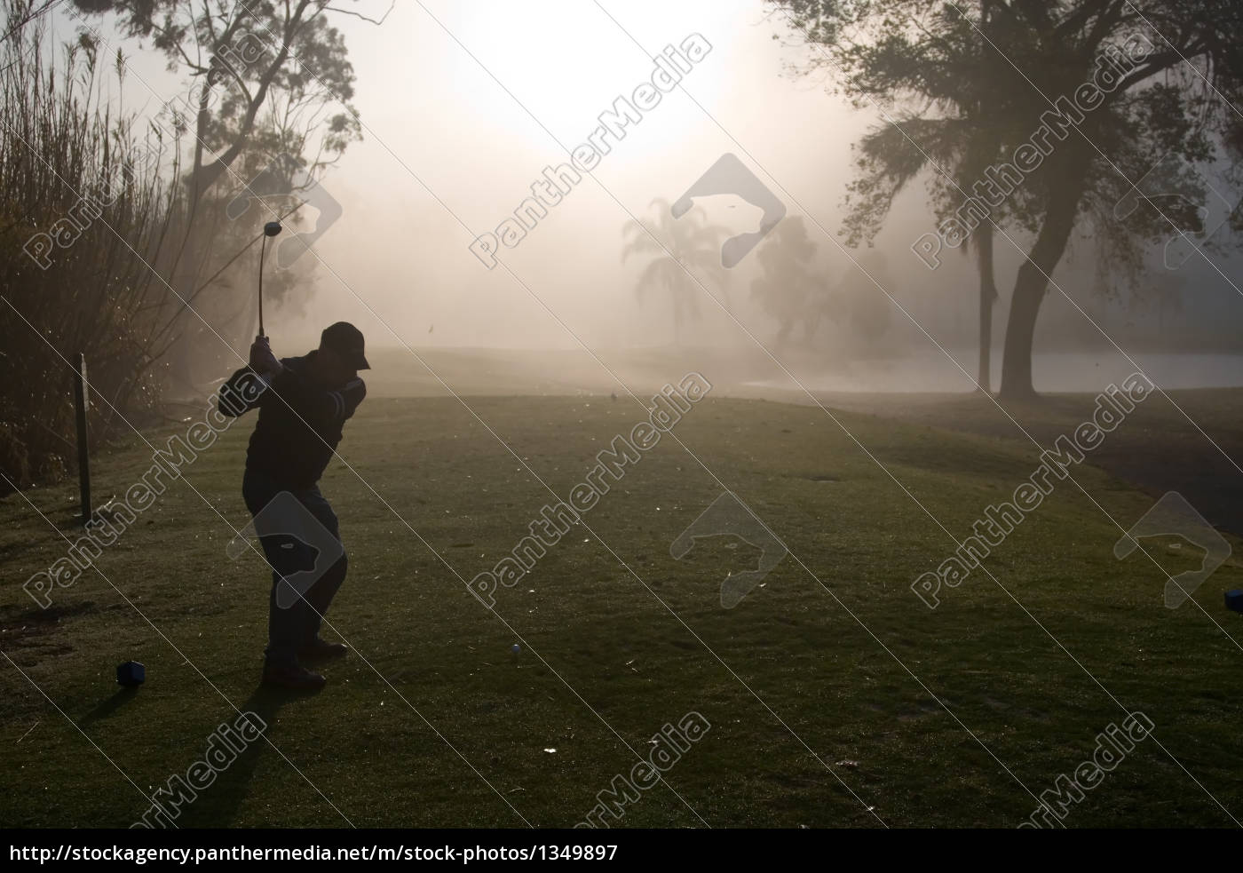 morning, golfers - 1349897