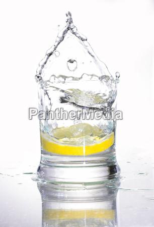 soda with lemon