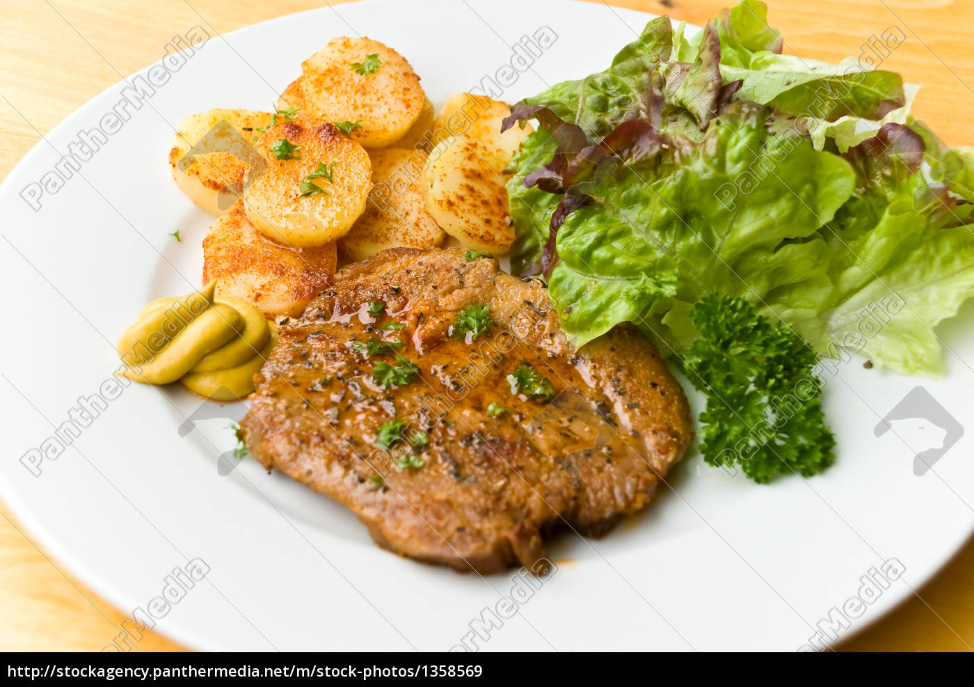 fried, schnitzel-marinated.with, mustard, - 1358569