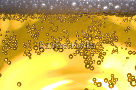 detail, of, beer, in, a, glass - 1359813
