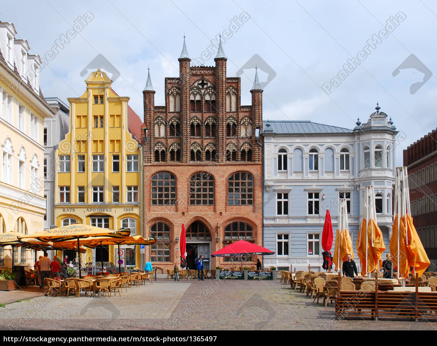building, in, the, hansestadt, stralsund - 1365497