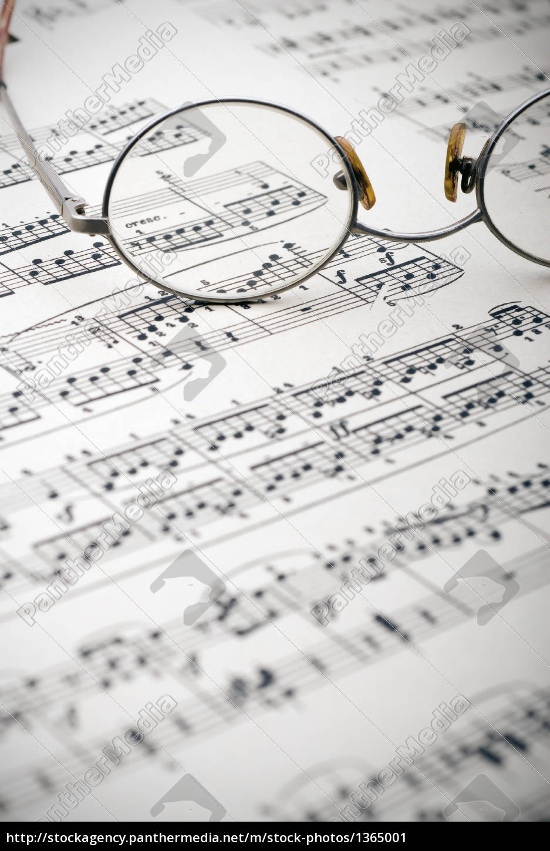reading, glasses, on, sheet, music - 1365001