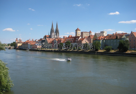 skyline, regensburg - 1367005
