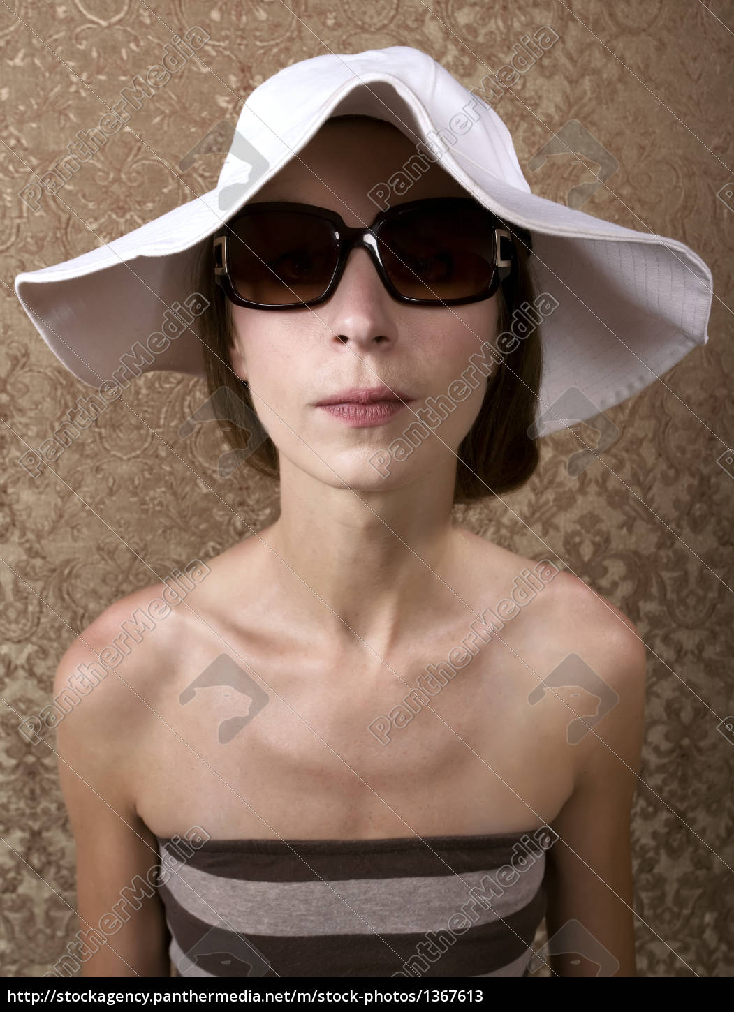 woman, with, sunglasses - 1367613