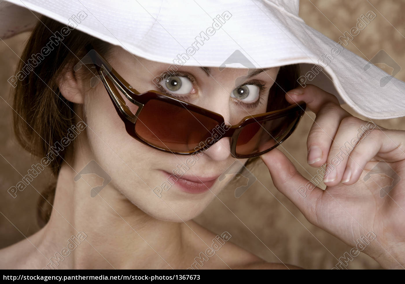woman, with, sunglasses - 1367673