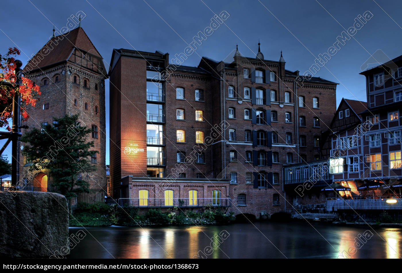 historic, houses, by, night - 1368673