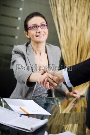 handshake - 1374599