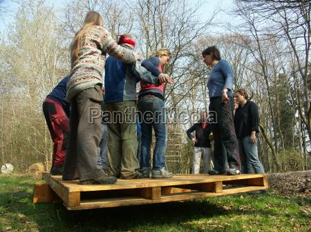 problem solving task seesaw