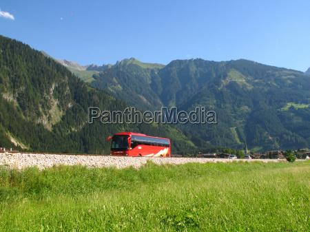bus trip to the mountains