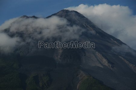 tomorrow light vulcan volcano clouds arenal