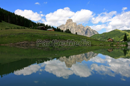 mountains dolomites alps south tyrol mountain