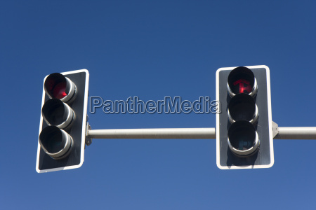 traffic light on a sunny day
